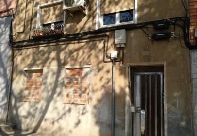 Piso en calle Favencia, nº 195