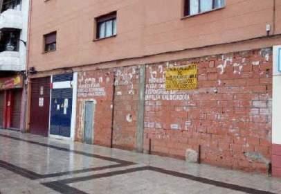 Local comercial a calle Alvarez Guerra, nº 21-23