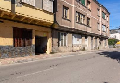 Local comercial a Avenida de la Arganza, nº 3