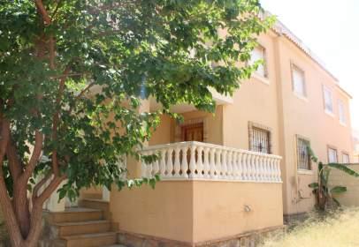 House in calle Montalbán, nº 14