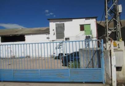 Industrial building in Camino de la Vega, 66