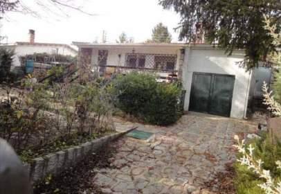 Casa a calle Segovia - Urbanización Manantiales, nº 41