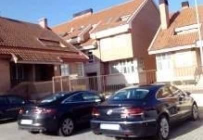 Dúplex en calle Vicente Aleixandre, nº 10