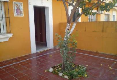 Casa a calle de Rafael Alberti, nº 17