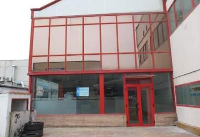 Nau industrial a calle Puerto de La Fuenfria, nº 8