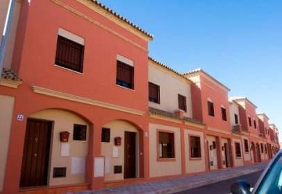 Casa adosada en calle Sor Mercedes Olivas, nº 4
