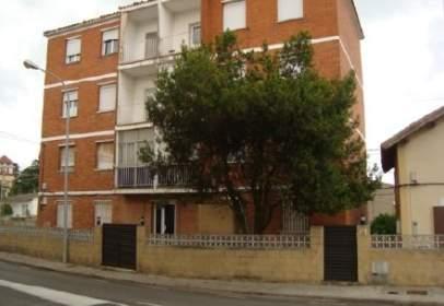 Pis a calle Josep Miro, nº 1
