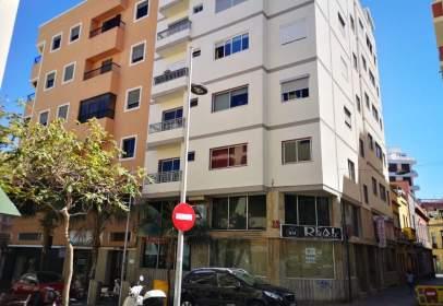 Piso en calle de Pi y Margall
