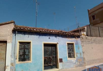 Casa en calle del Conde de Oliva, nº 27