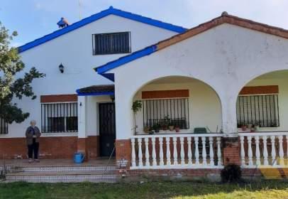 Chalet en Las Arenas