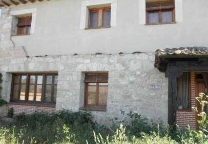 Edificio en Torre Val