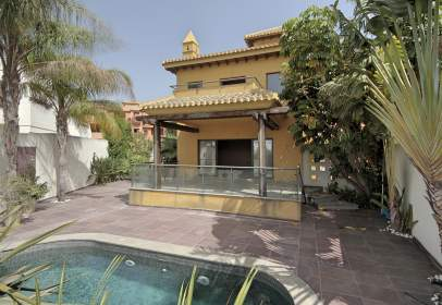 House in calle Motril calle Rector Juan de Dios López González, nº 18613