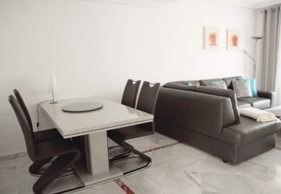 Apartamento en Nueva Andalucía-Centro