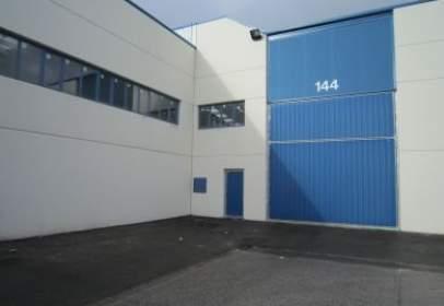 Industrial building in Arkatxa Kalea