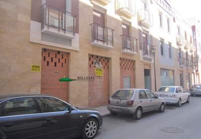 Commercial space in calle de Ramón y Cajal