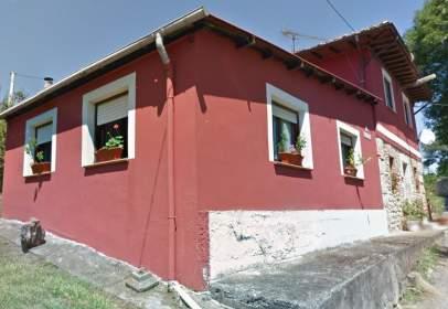 Casa en calle Prunales,