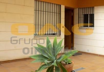 Flat in calle Enladrillada, 35, near Calle Marteles