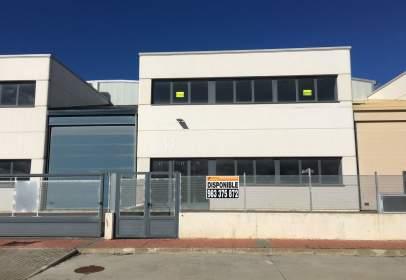 Nave industrial en Avda. Gijón