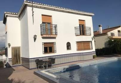 Chalet in calle Pedro Temboury