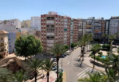 Piso en Zona Avenida Luis Suñer