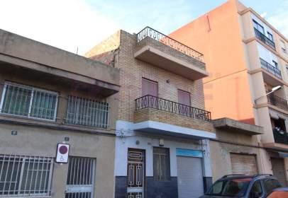 Casa en calle Capitán Cortes, nº 27