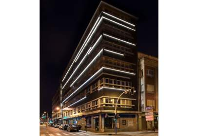 Edificio en calle C/ Valeriano Miranda, nº 2
