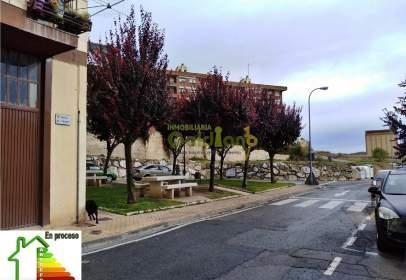 Pis a Viana - Periferia