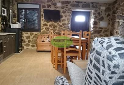 Casa en Lobeira