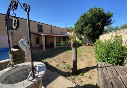 Casa en Valverde de La Virgen
