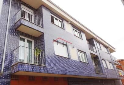 Apartamento en calle Castrosopeña