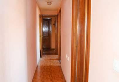 Flat in calle Escribano, 41