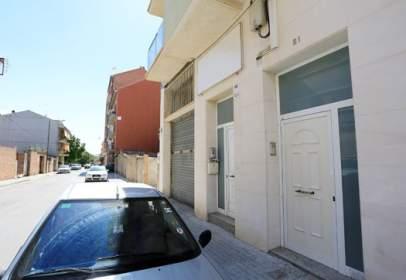 Local comercial a Avenida Francesc Juanola-, nº 21