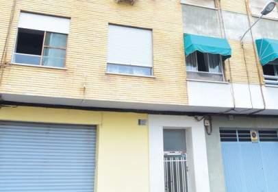 Pis a Avenida Pintor Gimeno Barón -, nº 11
