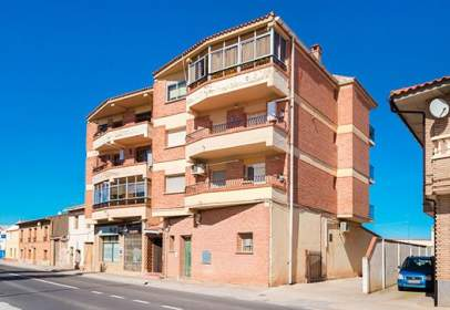 Pis a Avenida de Cortes de Aragón