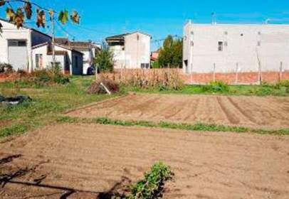 Land in Avenida Canameres