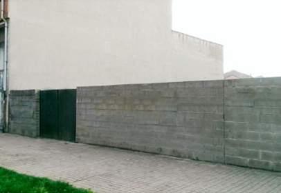 Terreno en Avenida de Fabero, cerca de Calle de Murcia
