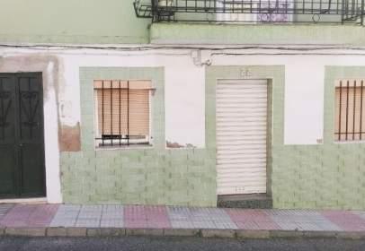 Pis a calle de San Pedro de Mérida, prop de Calle de Marqués Valdeflores