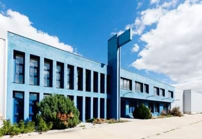 Nave industrial en Avenida San Blas