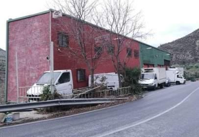 Industrial building in Carretera de Guejar Sierra