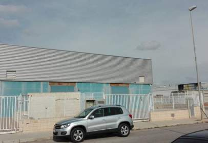 Industrial Warehouse in calle Poliola