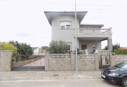 Casa en Carrer del Baix Penedès, nº 1