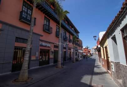Àtic a calle Mequinez, prop de Plaza Benito Pérez Galdós