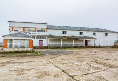 Industrial Warehouse in calle Carretera de Fabero