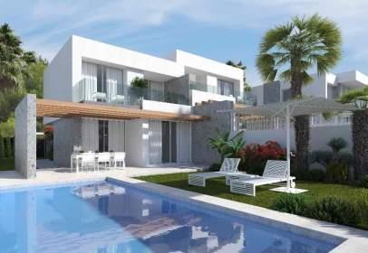 Casa a Urbanización Golf Bahía