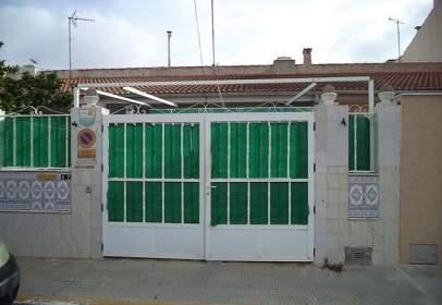Terraced house in Núcleo