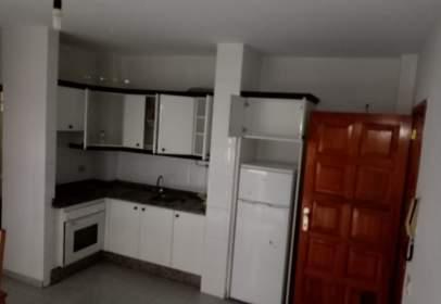 Apartamento en calle Tinguaro, nº 1