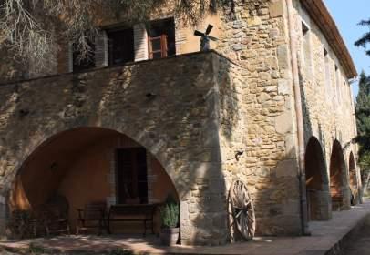 Xalet a Torroella de Fluvià