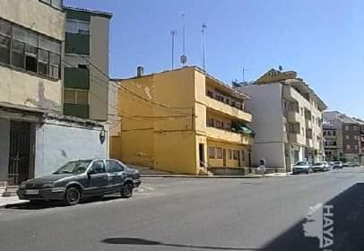Pis a calle Senda de La Moza, nº 14