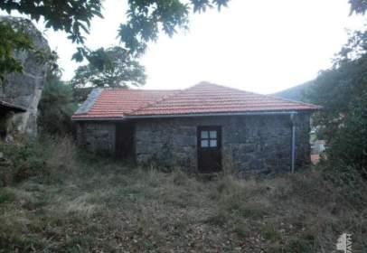 Casa adossada a Padrenda