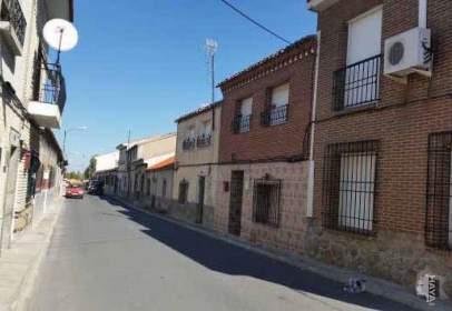 Casa adossada a San Martín de Montalbán